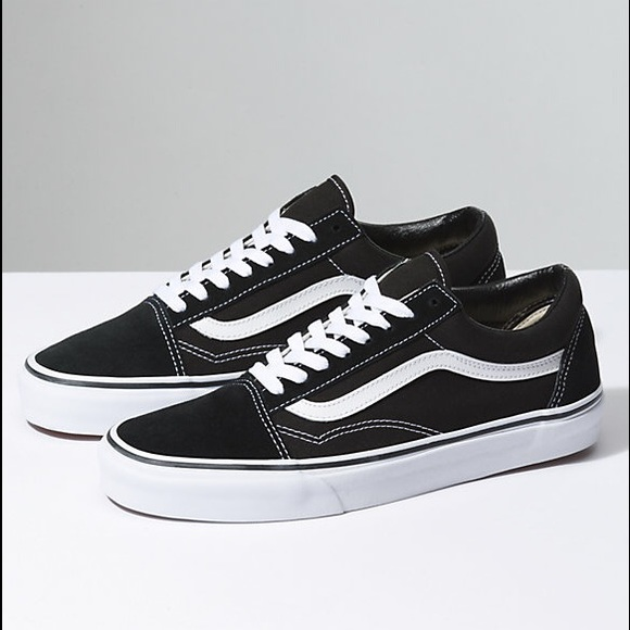 black old skool vans size 7